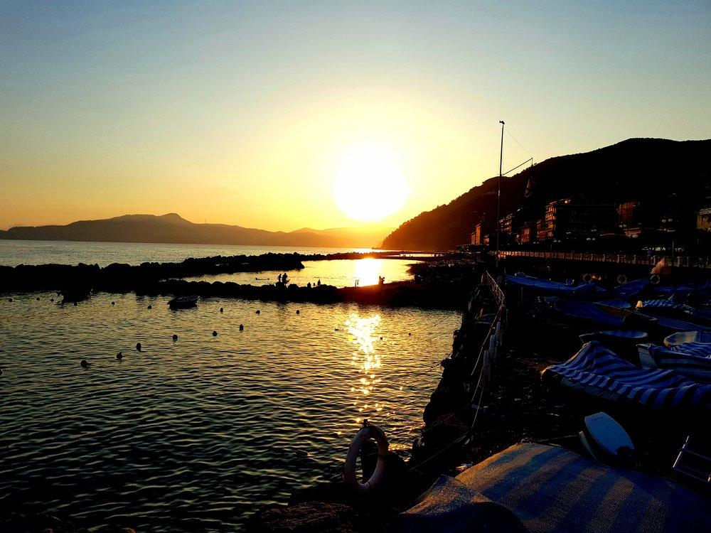 panorama-tramonto-a-chiavari