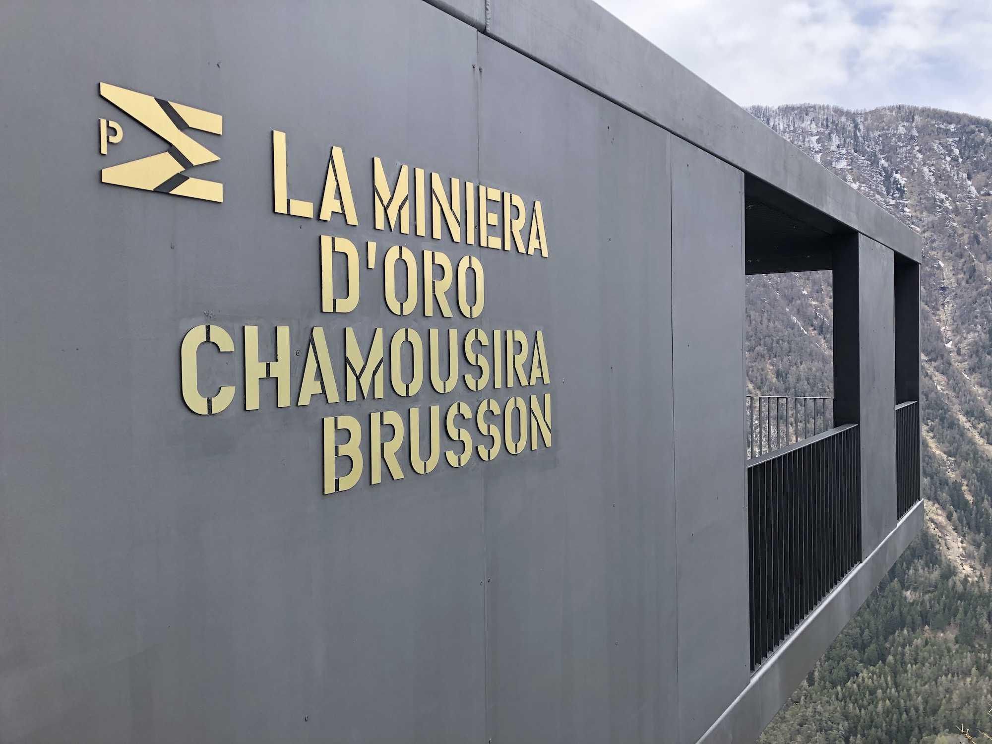 entrata-Miniera-d'oro-di-Brusson