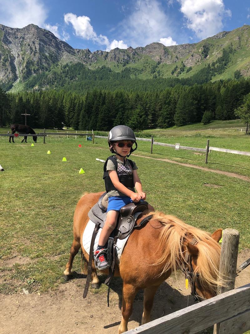 Estate in montagna coi bambini ti consiglio antagnod in for Made com italia