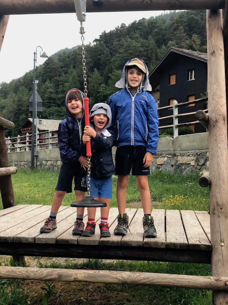 bambini-felici-a-brusson