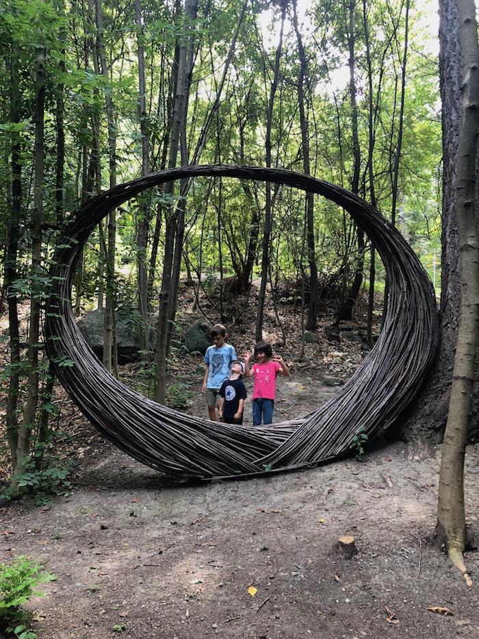 Challand-Art-con-i-bambini-sentieri-della-valle-d'-aosta