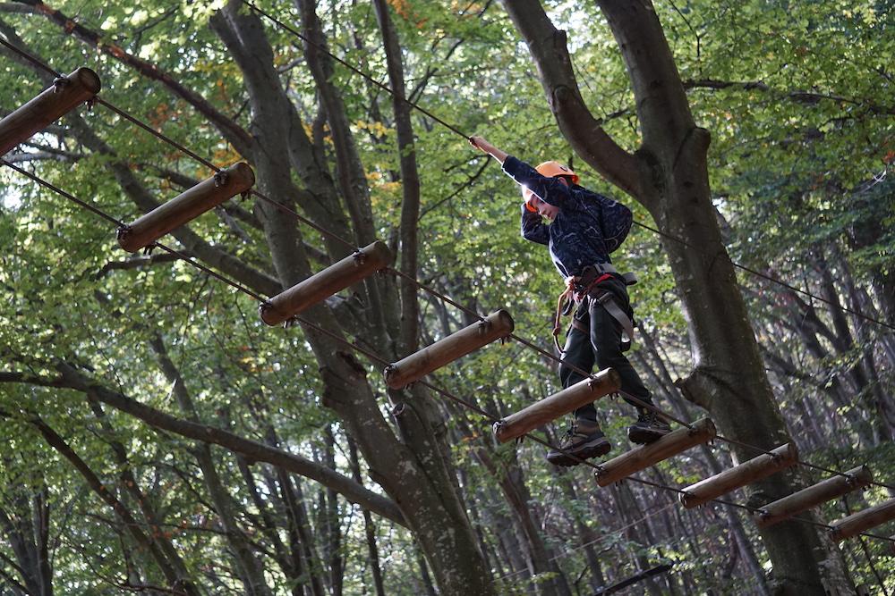 monte-tamaro-con-bambini-percorso-acrobatico