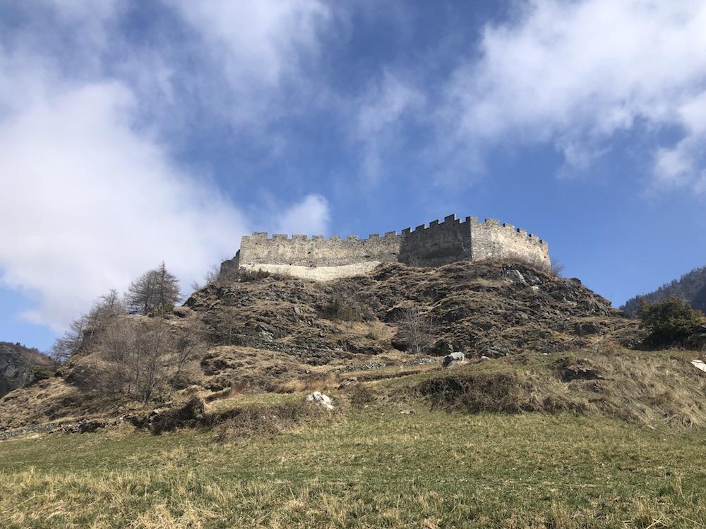 castello-di-graines