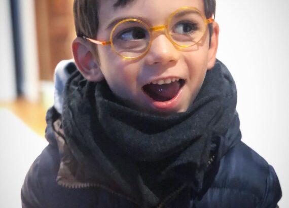 come scegliere il primo paio di occhiali per bambini
