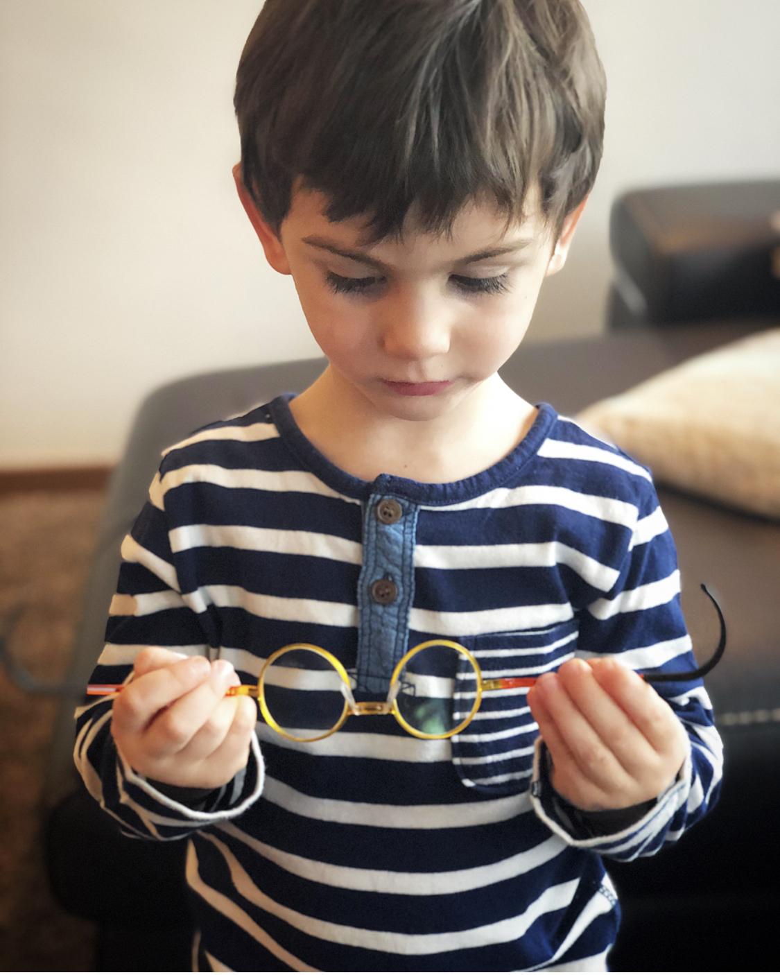 come-scegliere- il- primo- paio- di -occhiali- per- bambini