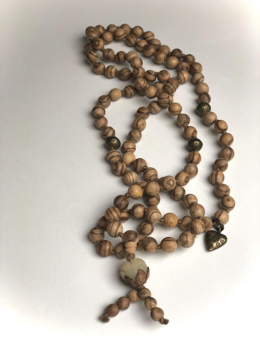 gioielli-pietre-salva-ambiente