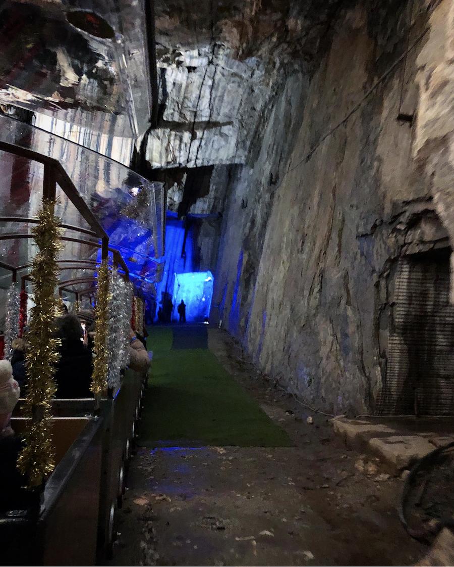 grotta-di-babbo-natale-interno