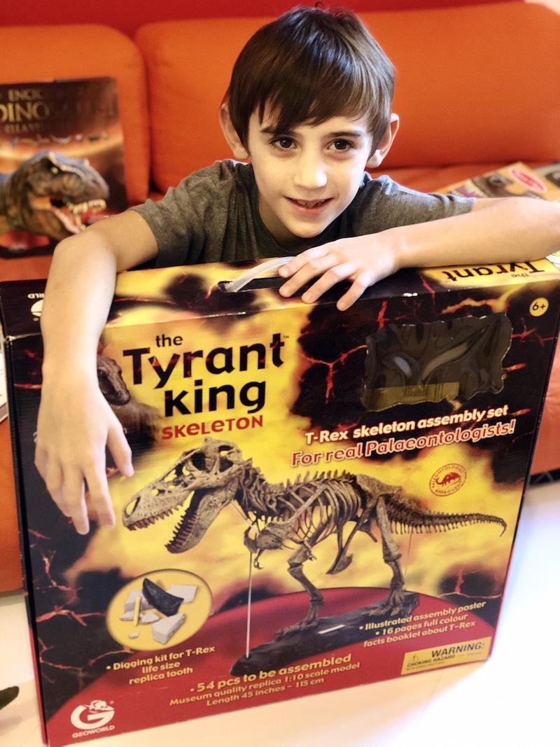 giochi-di-dinosauri-per-bambini-scheletro-t-rex