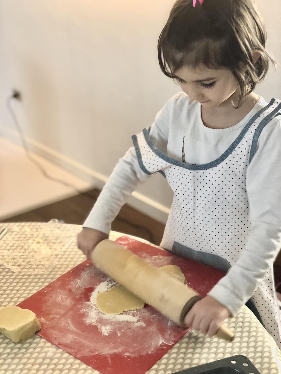 biscotti-da-fare-con-i-bambini-impasto