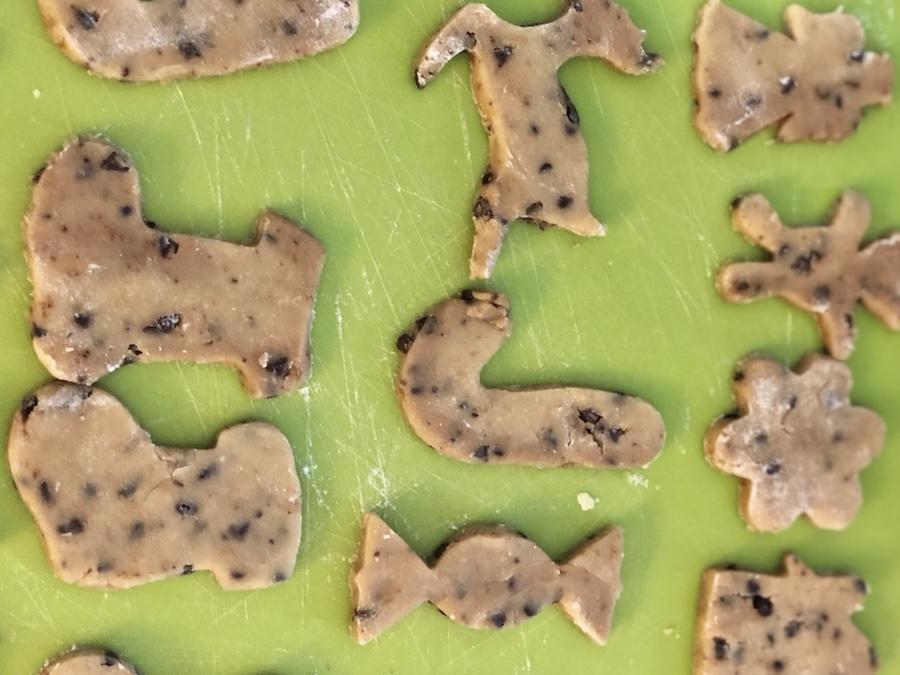biscotti-di-Natale-da-fare-con-i-bambini-al-cioccolato