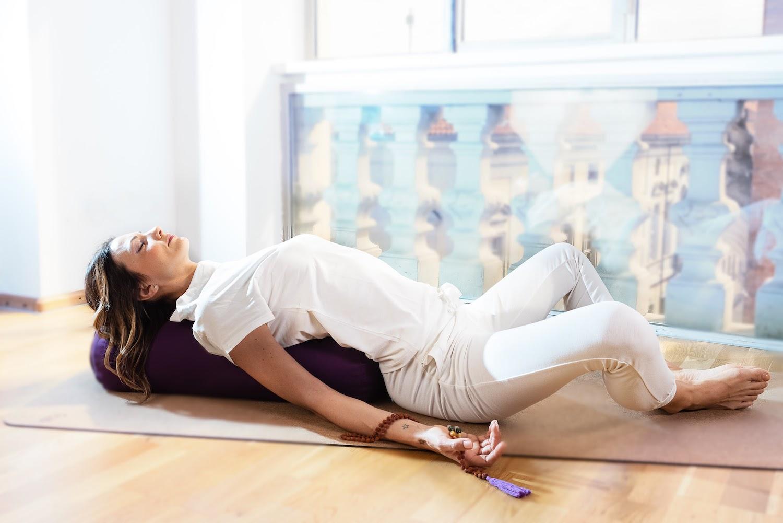 meditazione-yoga-mal-di-schiena