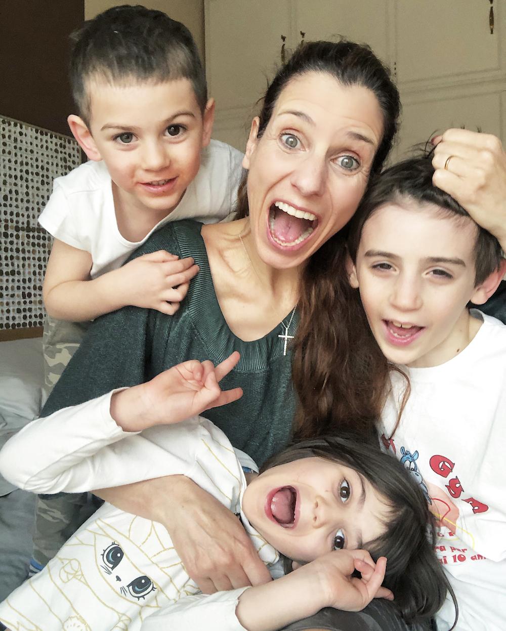 mamma-e-figli-sorridenti